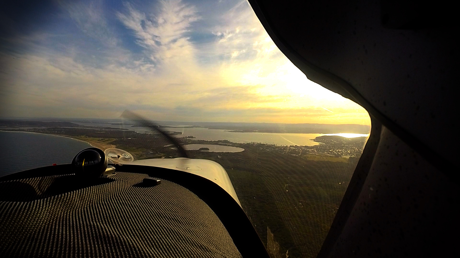 What does a Recreational Pilot Licence let me do?
