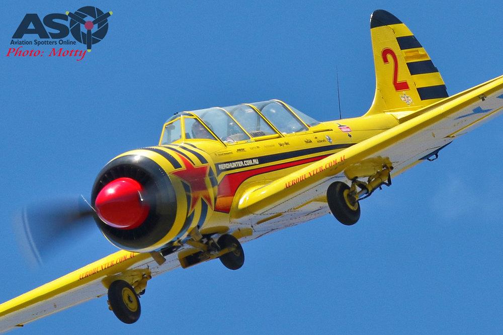 Yak+52+Aerobatics